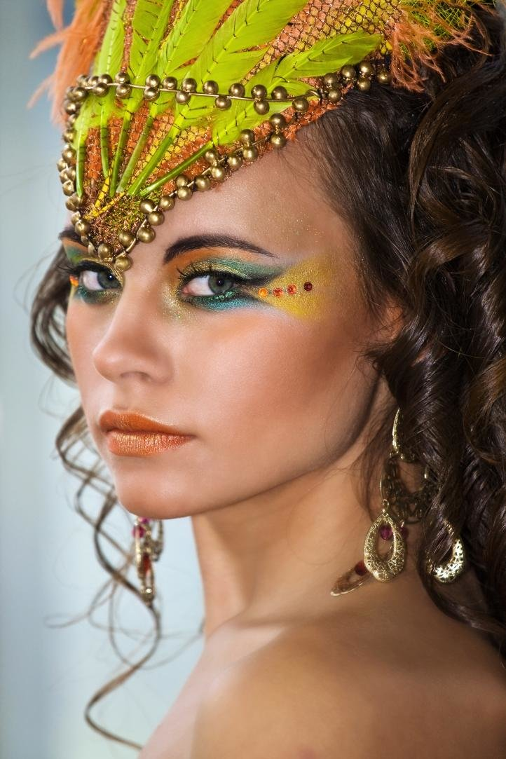 Бразильский карнавал макияж