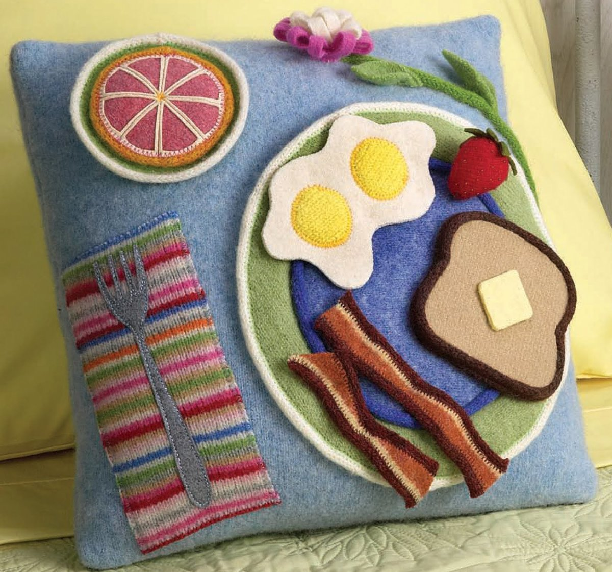 Рукоделие своими руками для дома поделки из тканей подушки 7