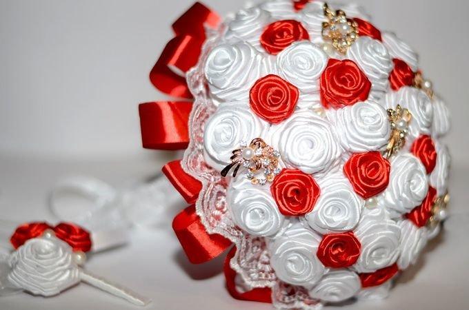 Свадебные букеты своими руками из атласных лент