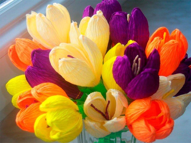 Цветы крокусы своими руками из гофрированной бумаги