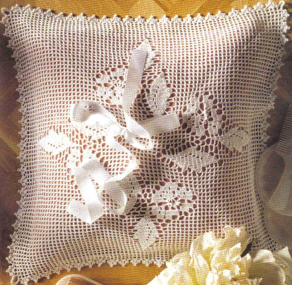 Ажурные подушки. Филейное вязание Уют и тепло моего Филейное вязание подушек крючок
