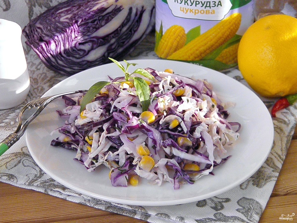 Салат с морской капустой и яйцом кукурузой рецепт