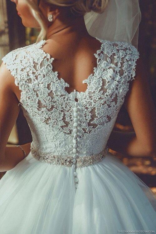 Кружева на свадебные платья