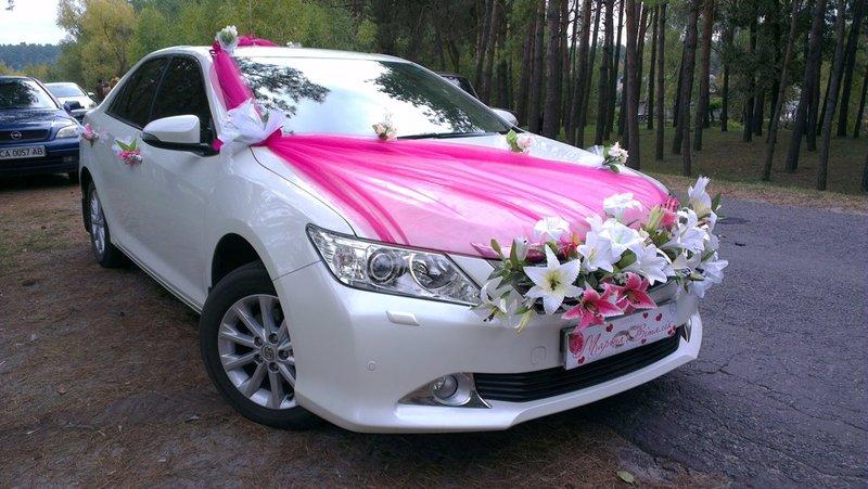 Как самим украсить свадебную машину