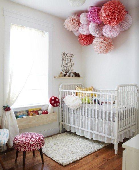 Чем украсить комнату новорожденного