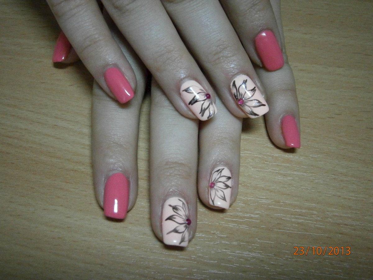 Фото лака на ногтях с рисунком