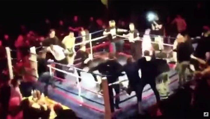 Опубликовано видео драки зрителей с полицией в кинотеатре Хабаровска