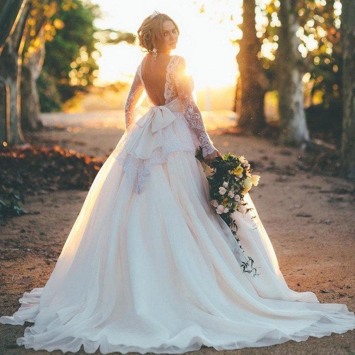 Свадебные платья с открытой спиной пышные