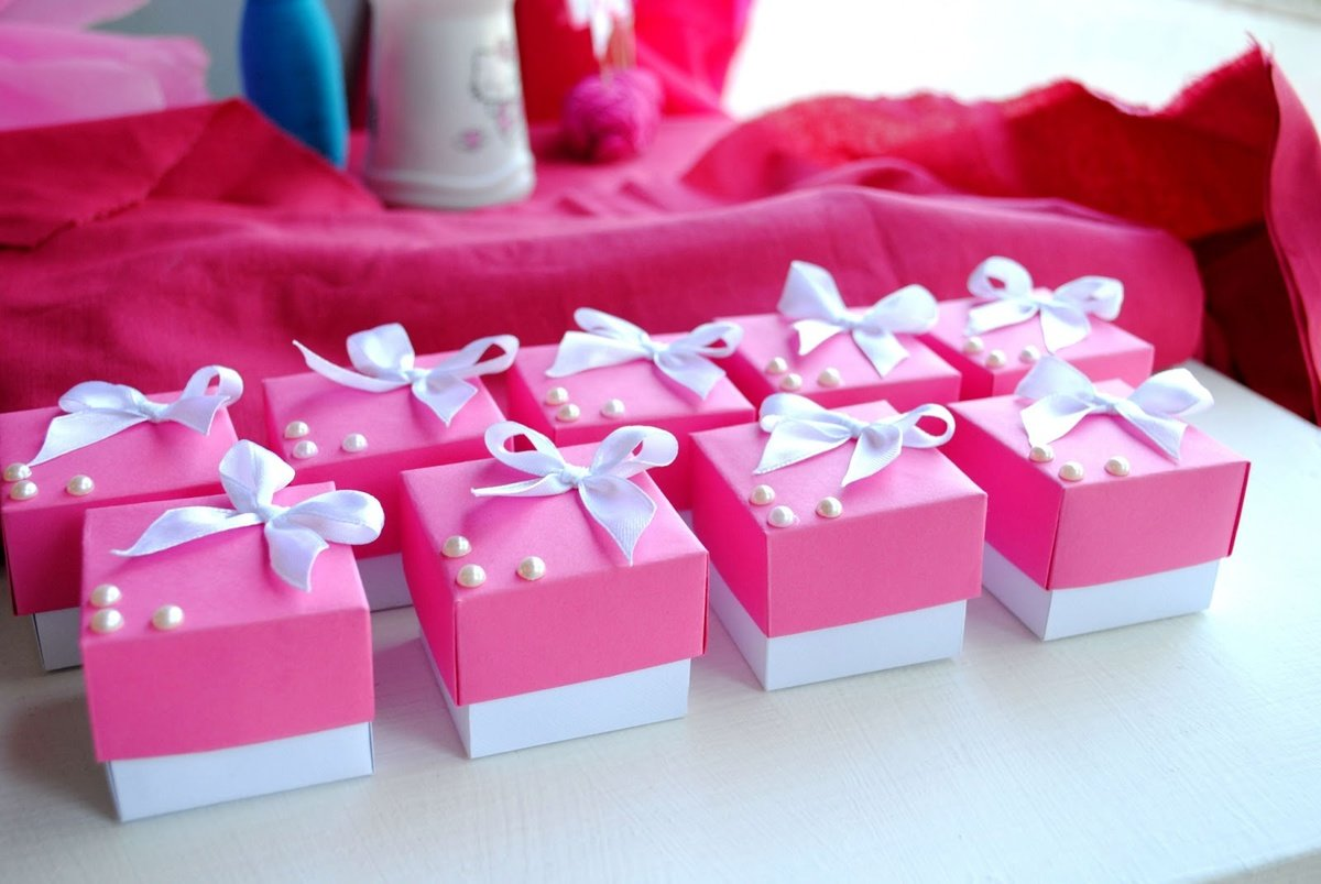 Что подарить гостям Идеи маленьких подарков для гостей на юбилее