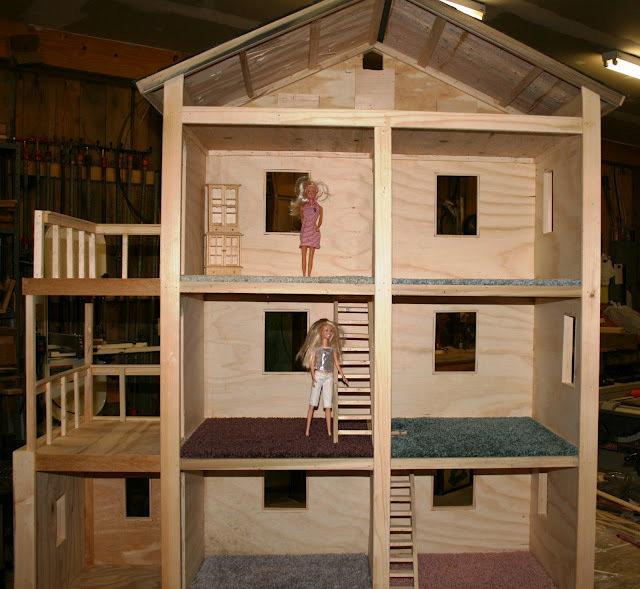 Как сделать деревянный домик для барби