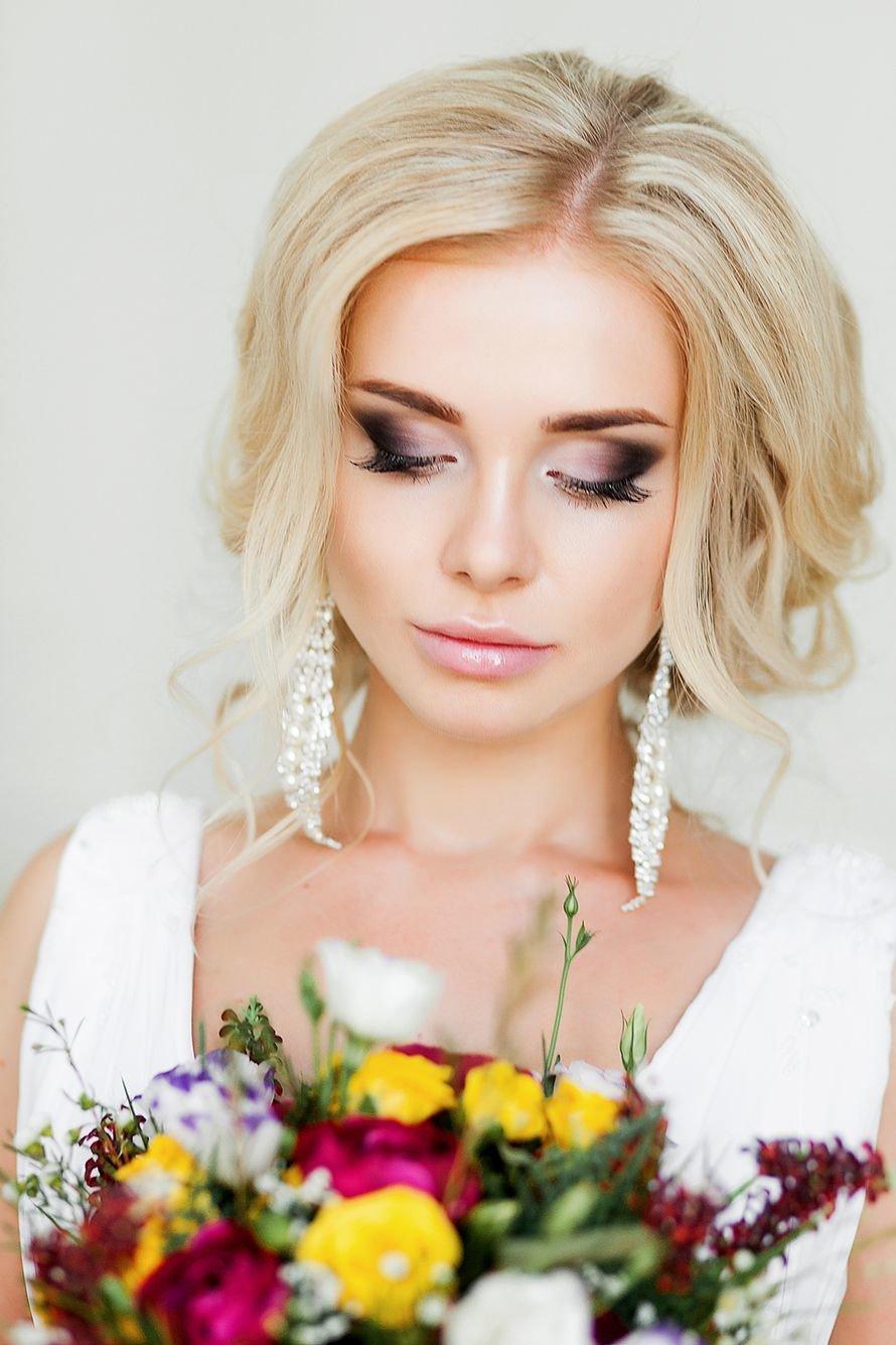 Невесты с ярким макияжем фото