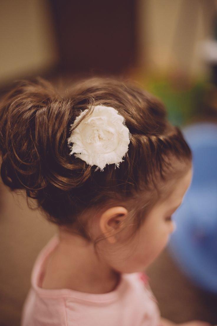 Свадебные прически без фаты на волосы средней длины фото