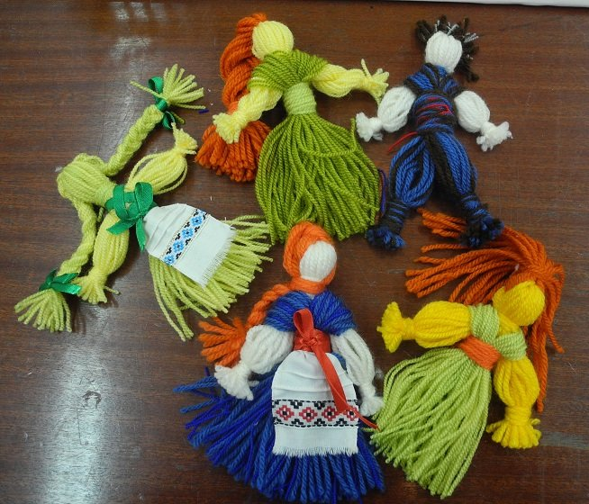 Как делать куклы обереги своими руками из ниток 14