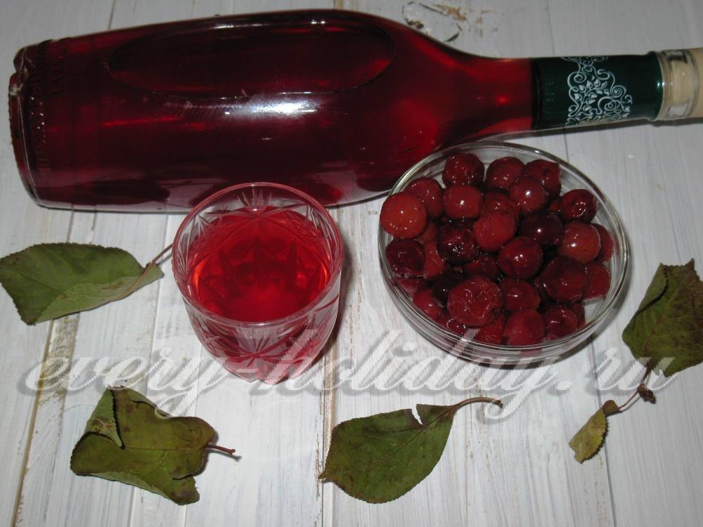 Ликёр из вишни в домашних условиях простой 32