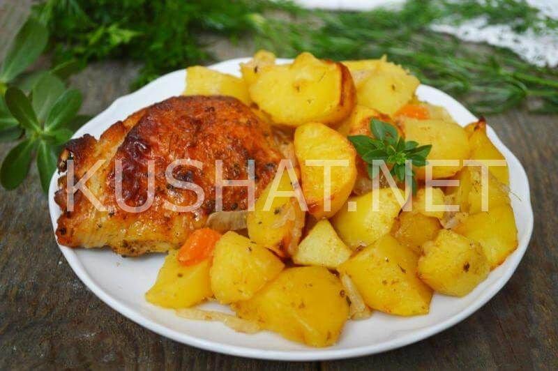 Вкусная курица с картошкой в духовке в рукаве с фото