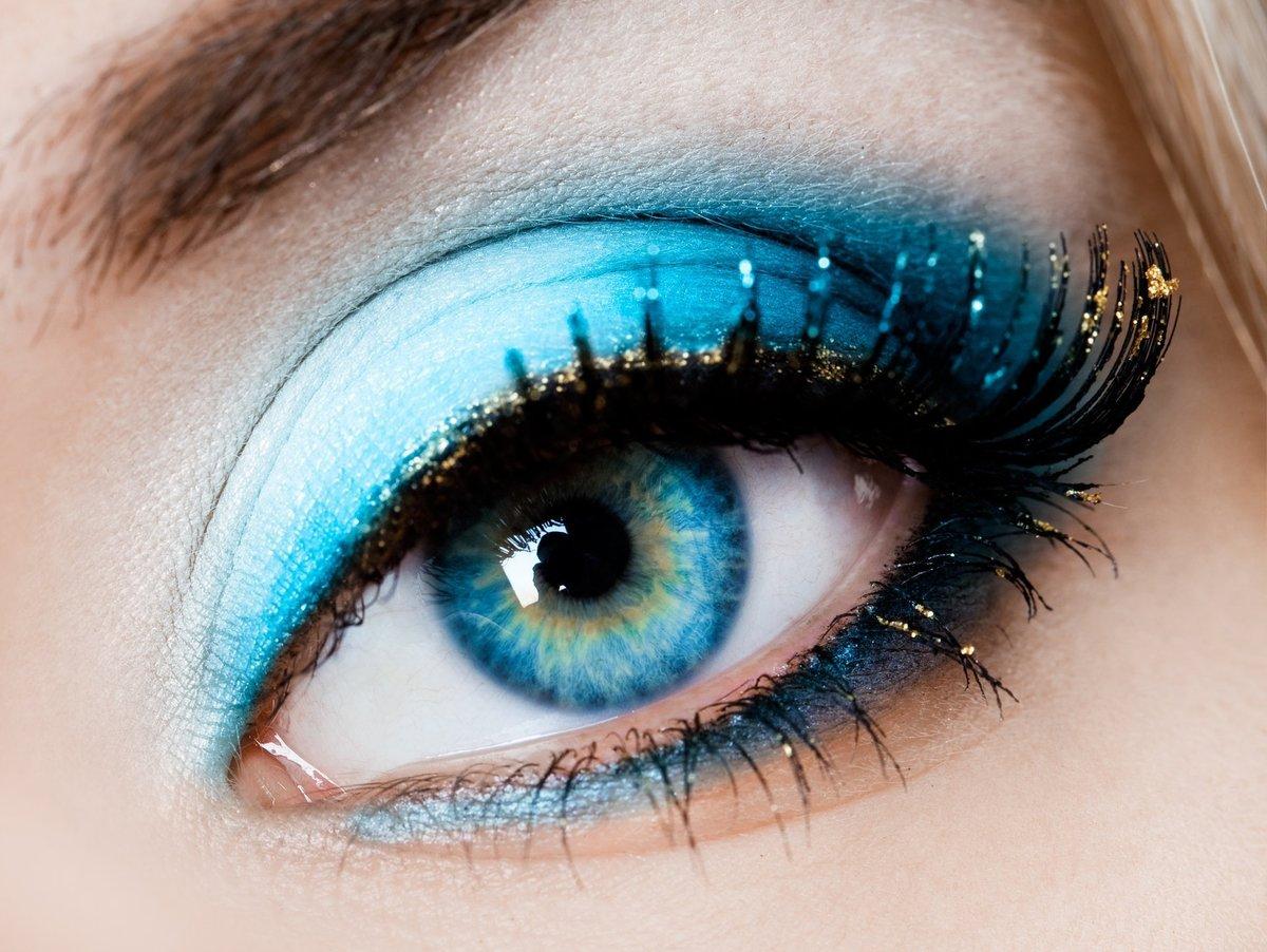 Идеи для фото для голубых глаз
