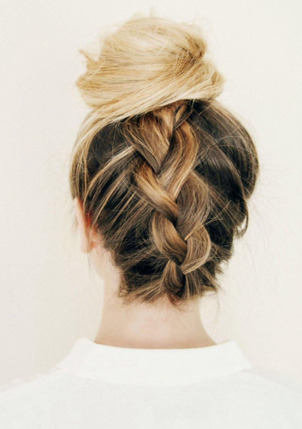 Прически с ровными волосами собранные