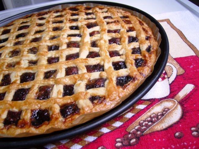 Как сделать тесто для пирога с вареньем