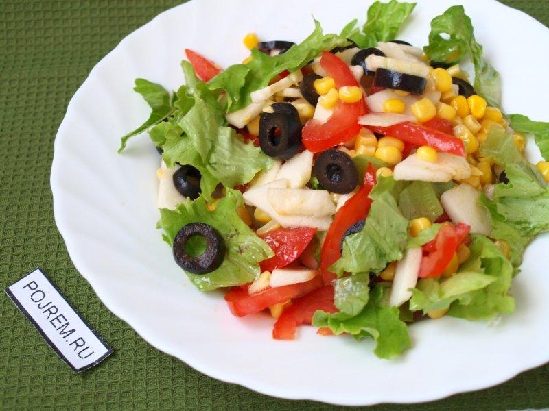 Салат с тунцом и яблоком рецепт с фото