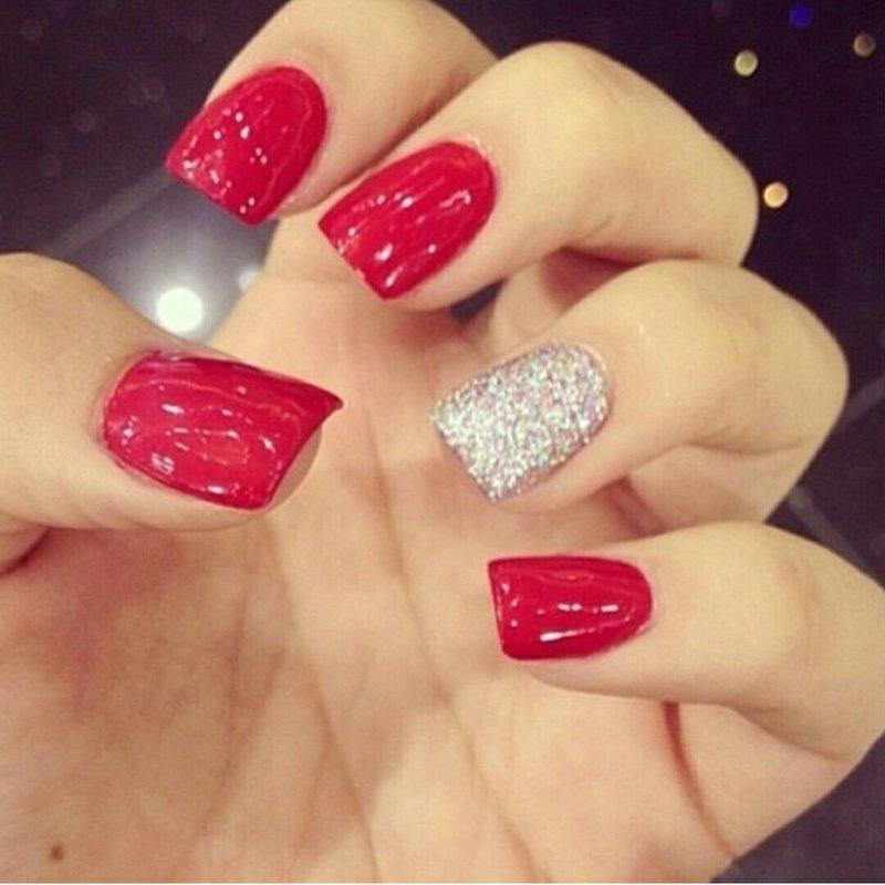 Фото ногти красные с серебром