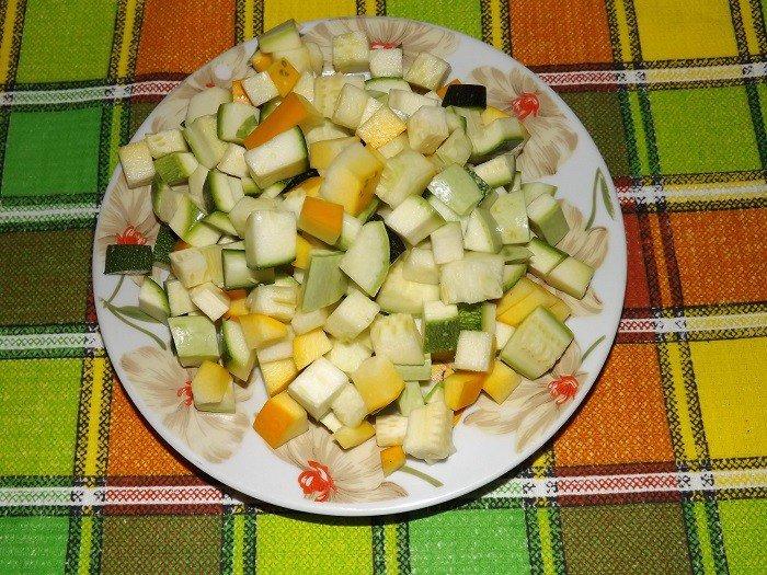 Простые салаты на зиму из кабачков