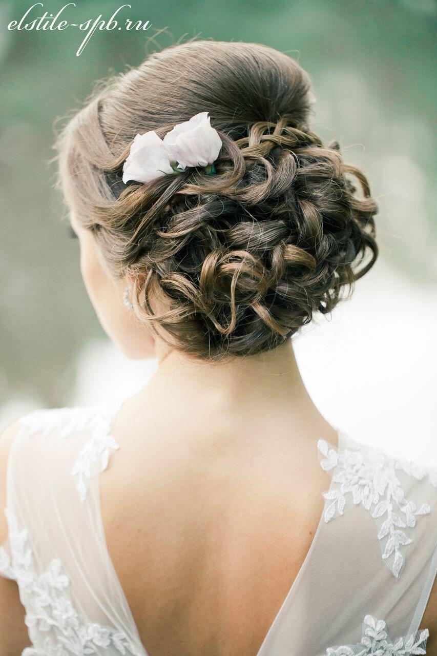 Красивые причёски на свадьбу средние волосы фото
