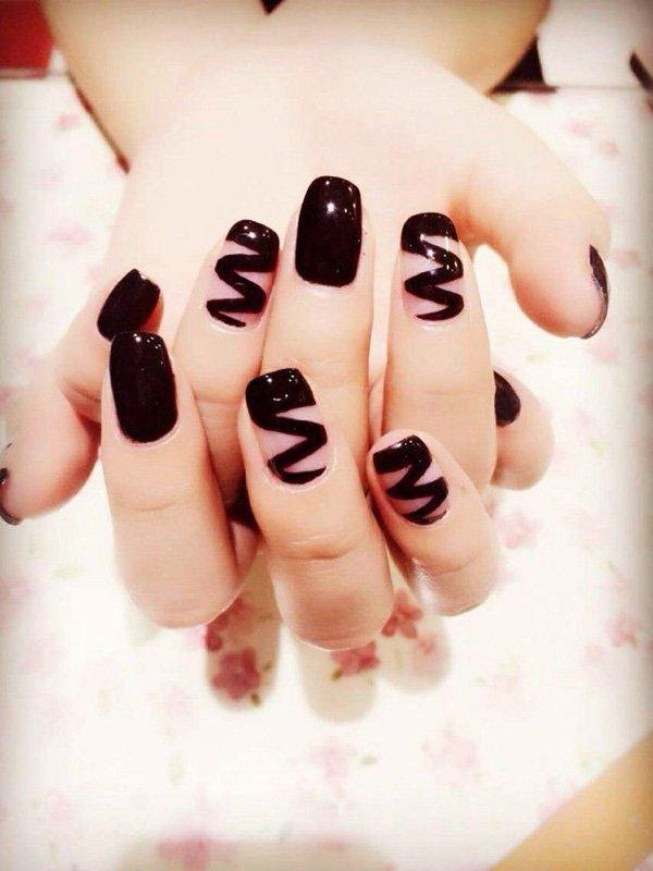 Черные ногти своими руками 52