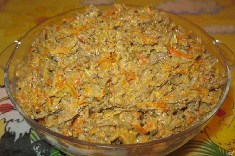 Салат из печени говяжьей с морковью и луком рецепт с