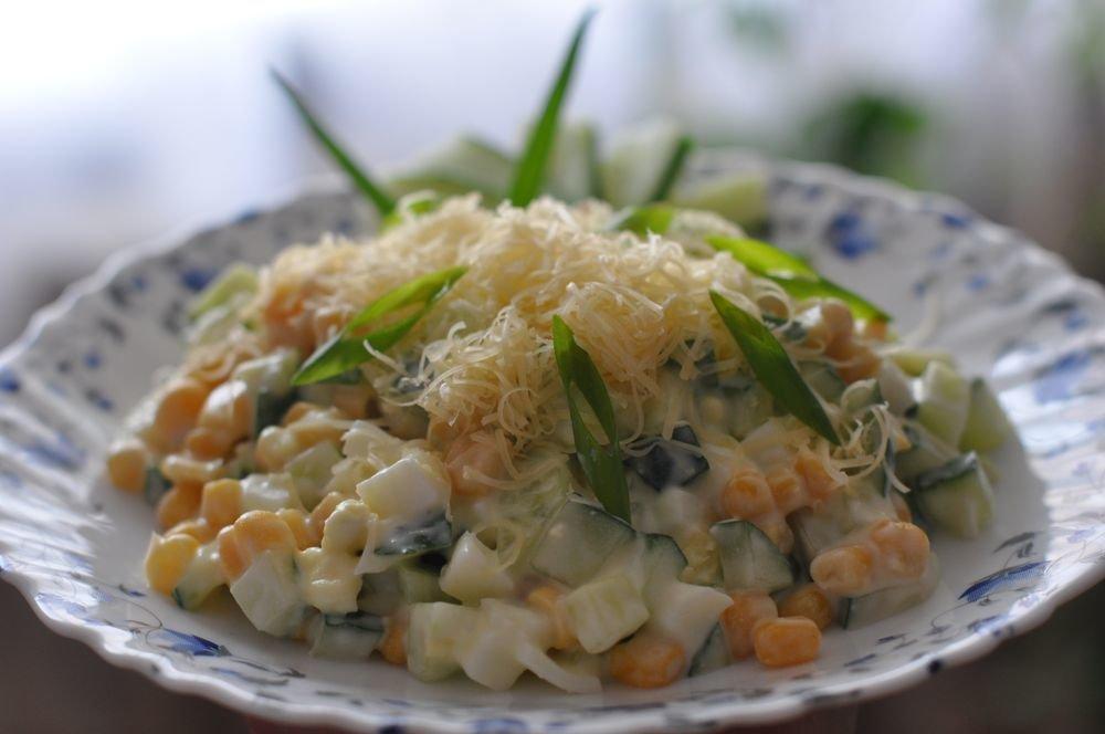 Салат в домашних условиях с кукурузой 708