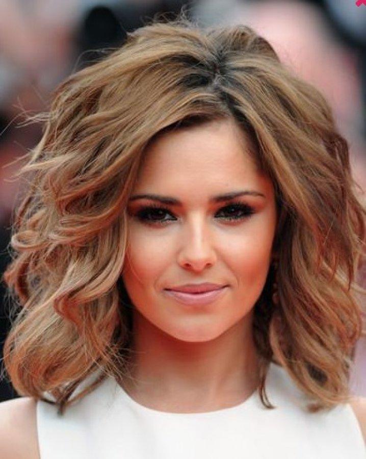 Причёски с короткими волосами по плечи