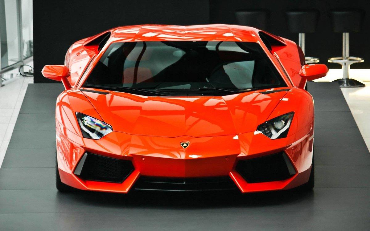 Автомобиль красный lamborghini aventador  № 3074385  скачать
