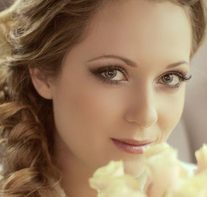 Макияж для свадьбы зеленые глаза фото