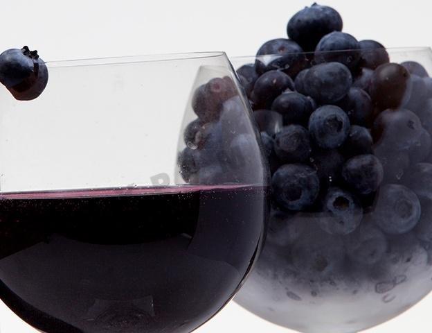 Вино из черники в домашних условиях простой рецепт с дрожжами