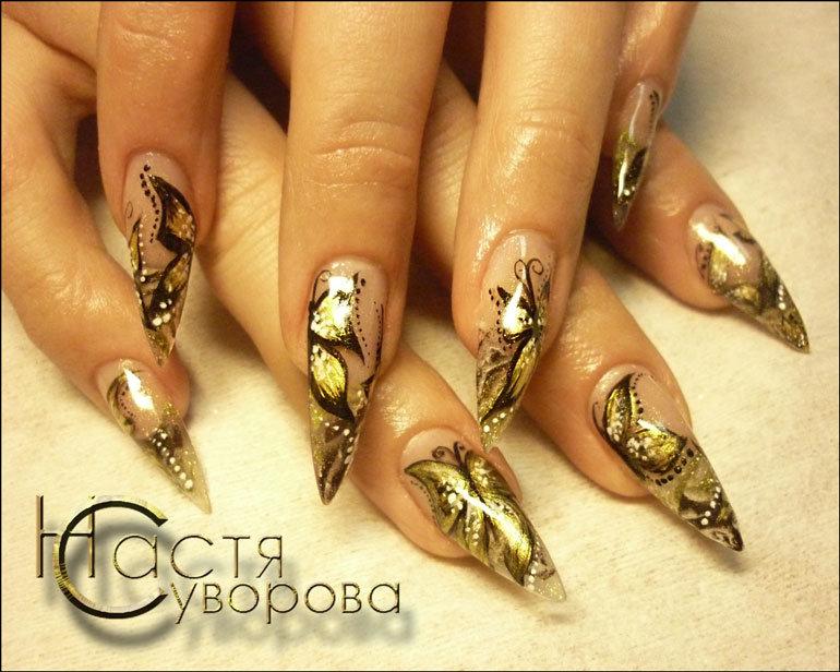 Рисунки на ногтях золотой френч