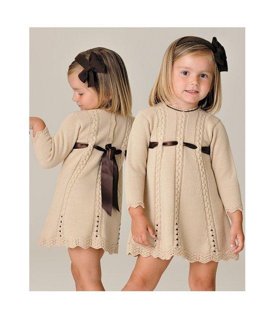 Вязанные наряды для девочки