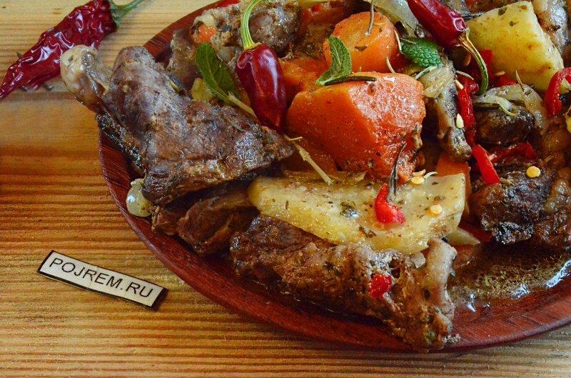 Мясо с овощами в домашних условиях