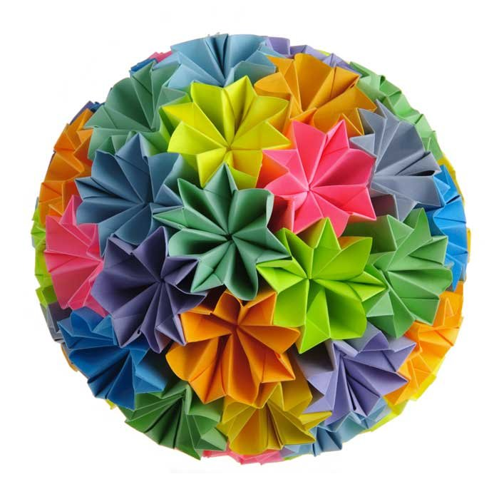 Цветочные шары из цветной бумаги своими руками 84