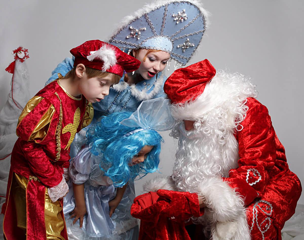Сценарий снегурочки и деда мороза на новый год для взрослых