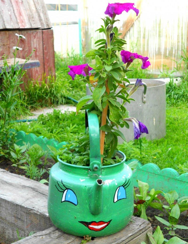 Оригинальные украшения в саду своими руками