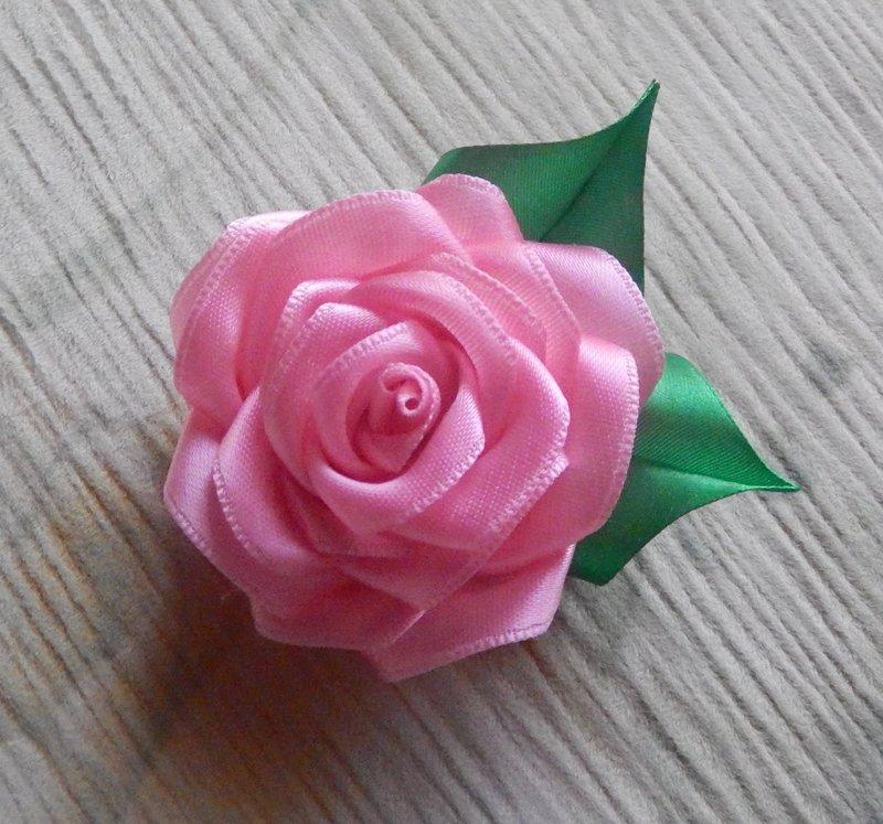 Картинки розы из атласных лент своими руками