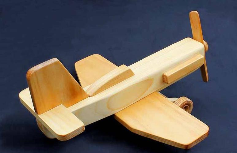 Из древесины поделки