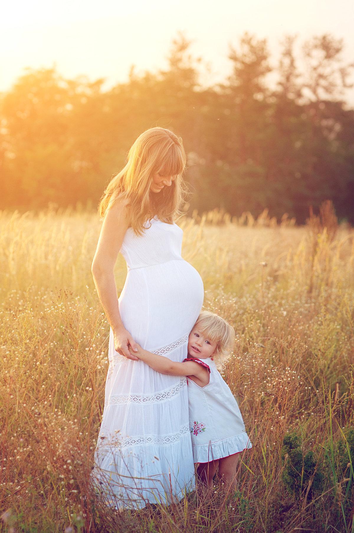 Беременная мама и дочка фото 848