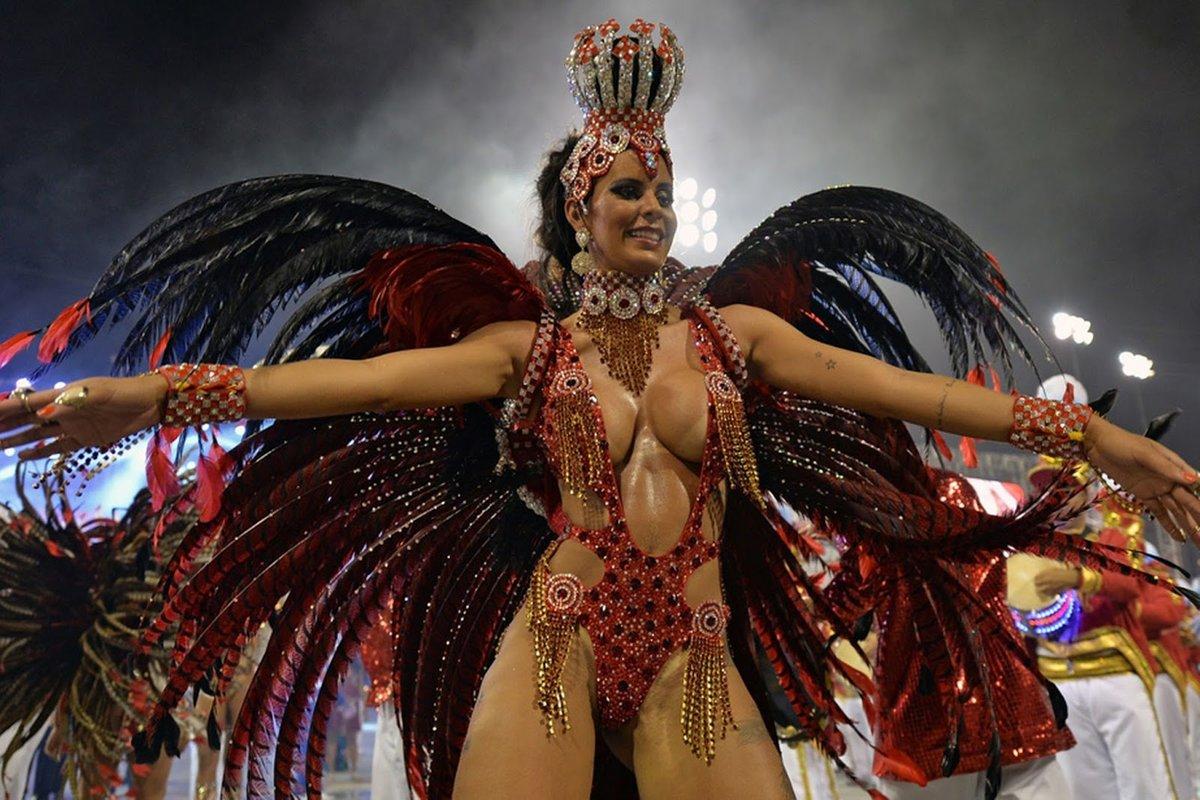 brazilskie-porno-karnavali-onlayn