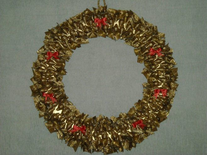 Венки новогодние своими руками из макарон 79