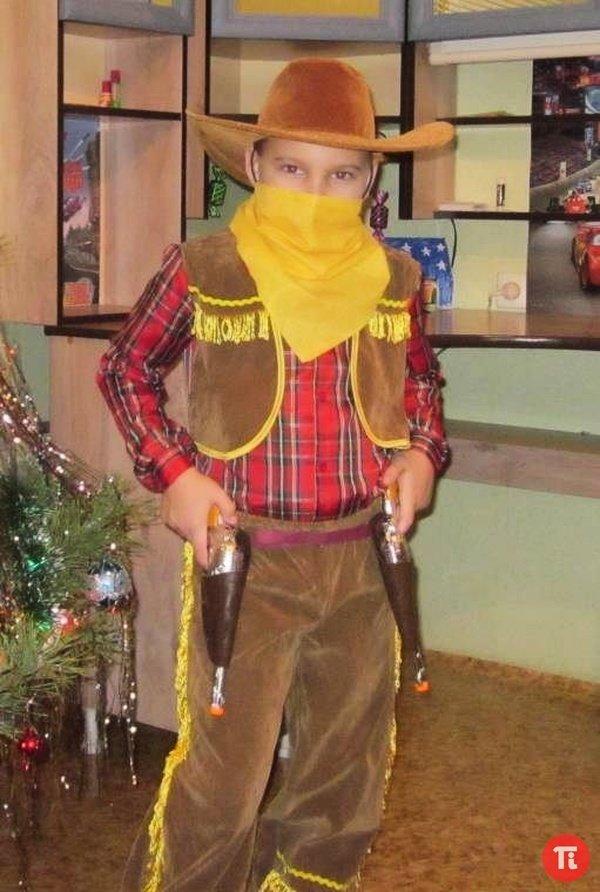 Новогодний костюм своими руками для мальчика 1.5 года