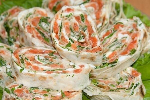 236Рецепт рулета из лаваша с красной рыбой и плавленным сыром