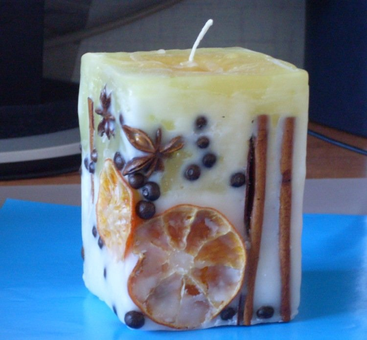 Сделать ароматизированные свечи своими руками