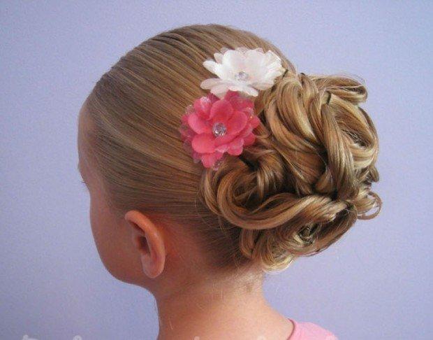 Новогодние причёски для девочек 10 лет средние волосы