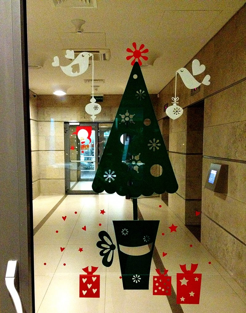 Новогодние украшение офисов своими руками
