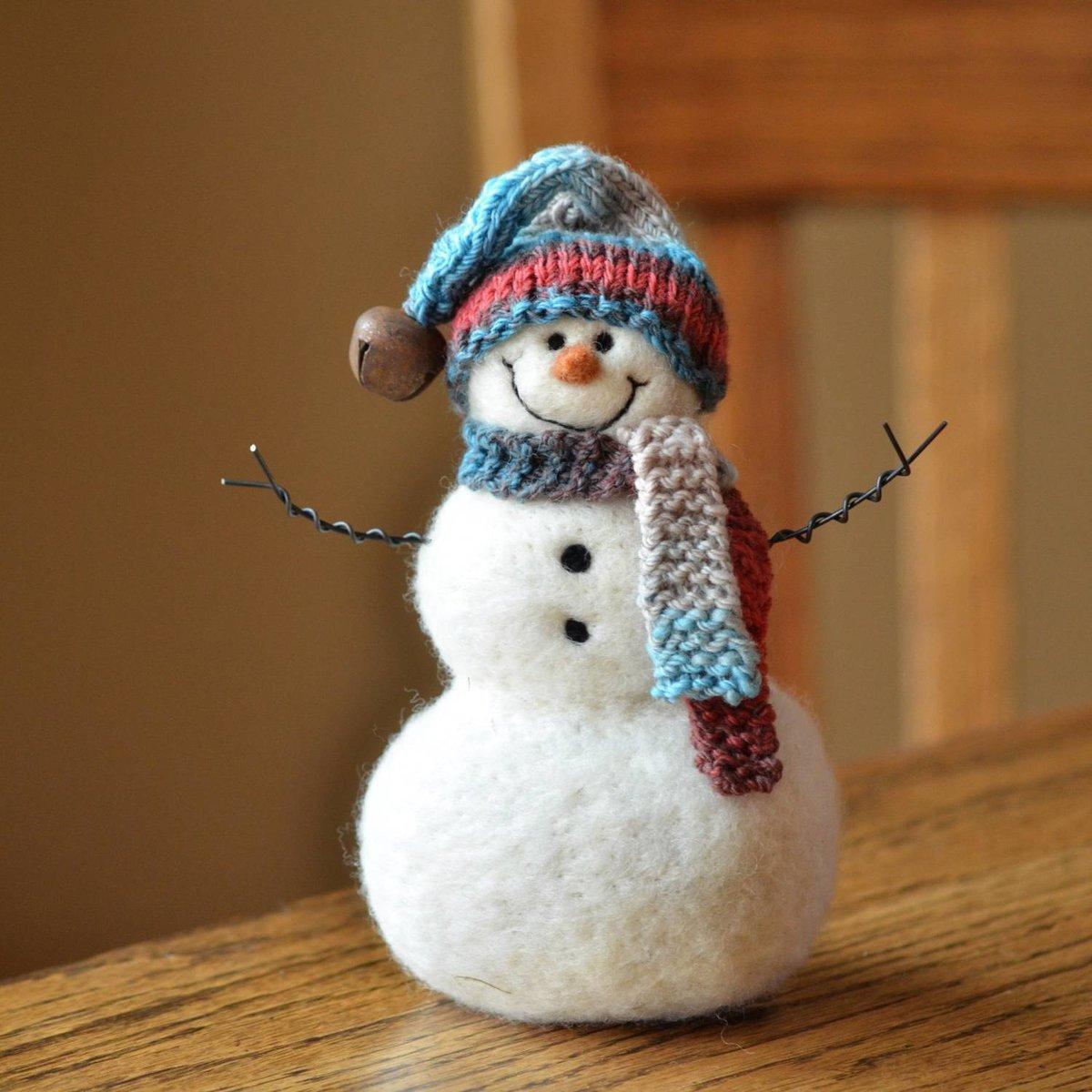 Красивые снеговики сделать своими руками